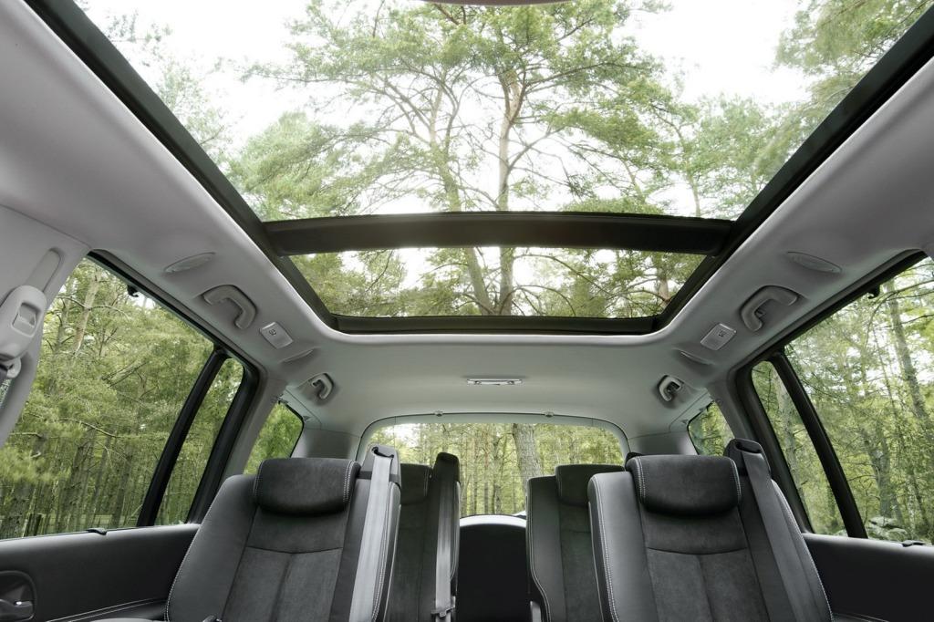 2013-Renault-Espace-Facelift-Interior-4.jpg?imgmax=1800