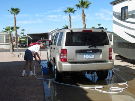 WashingVehicles-1-2011-11-25-11-01.jpg