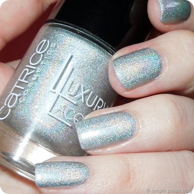 Catrice-Holo-Manolo-Review-3