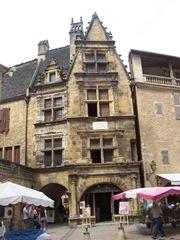 2009.09.02-024 maison de la Boétie