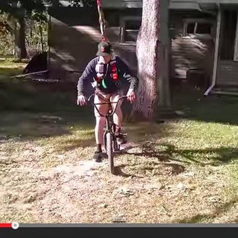 BMX Stunds με μια κούνια