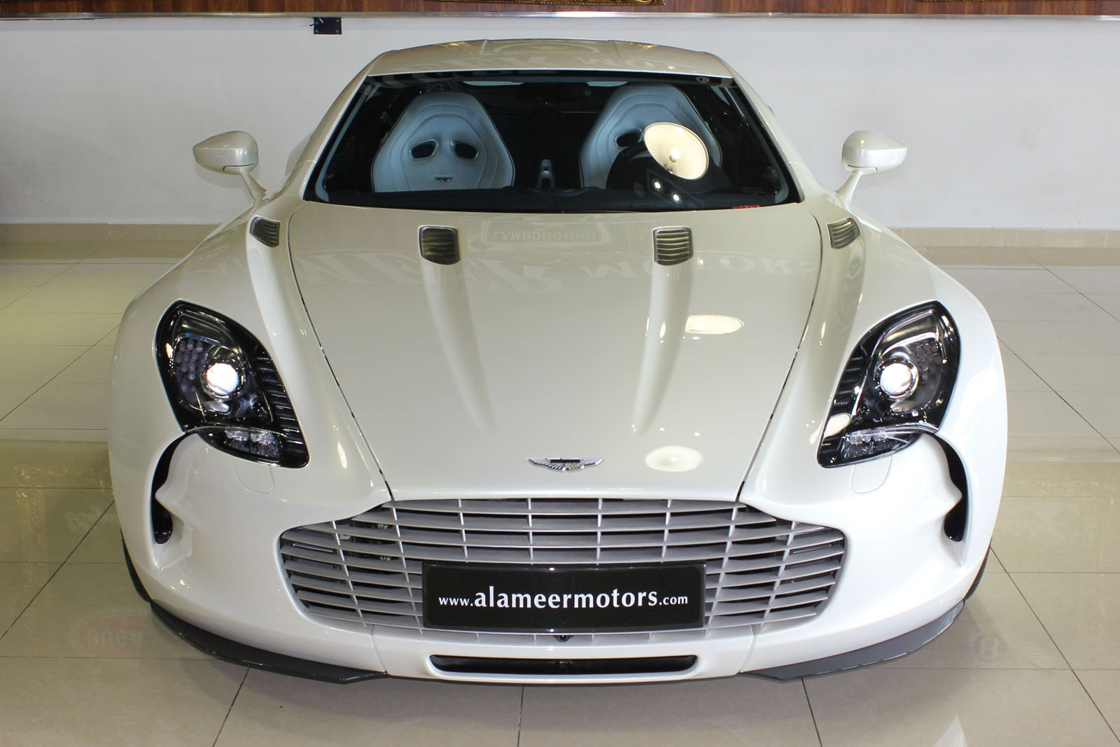Aston-Martin-One-77-4%25255B3%25255D.jpg