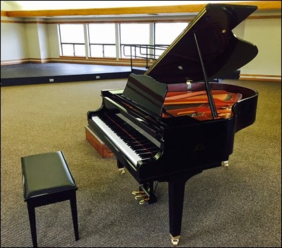 2015-03-12 New Yamaho Grand Piano