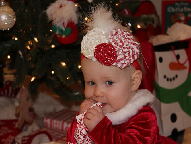 CHRISTMAS 2011 132-1