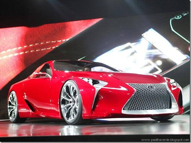 1size_590_Lexus