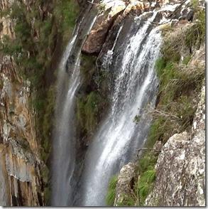 Cachoeira na Austrália, próxima a comunidade hippie de Nimbim Autor Blog Compartilhe Viagens