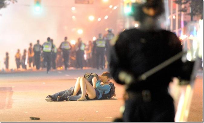 vancouver-kiss_0