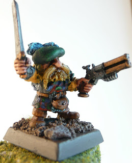 Dwarf Noble side view