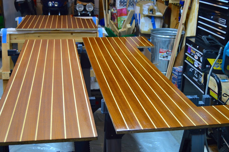 Primer Left 1st Gloss Right