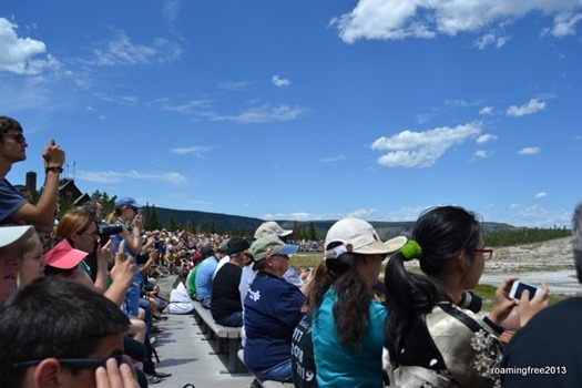 LOTS of people waiting for Old Faithful!