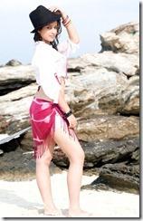 madhurima-hot-stills-at-beach-6