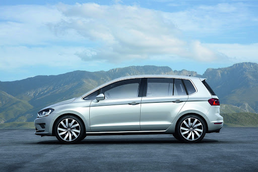 VW-Golf-Sportvan-Concept-04.jpg