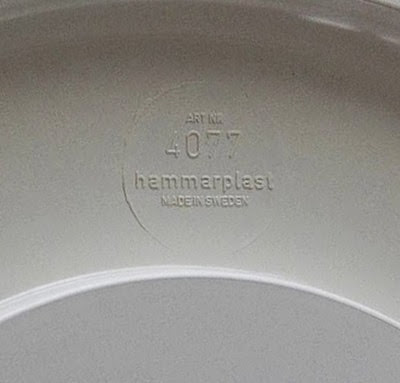 white Hammarplast Sweden 4077 bowl stamp imprint