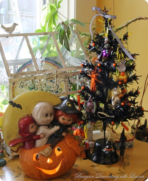 Halloween Decor-Bargain Decorating with Laurie