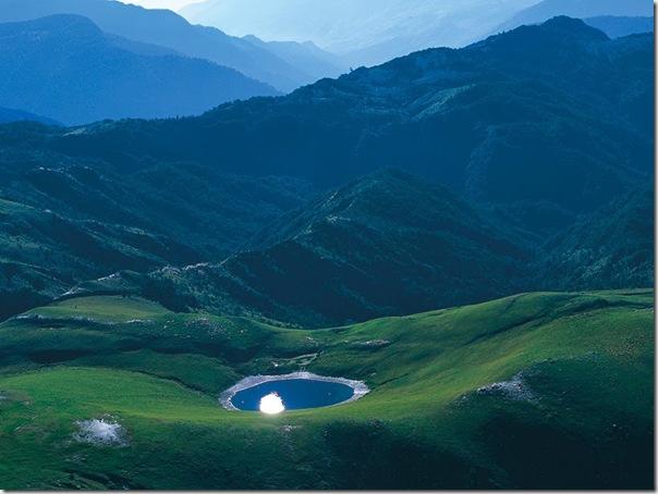高雄嘉明湖
