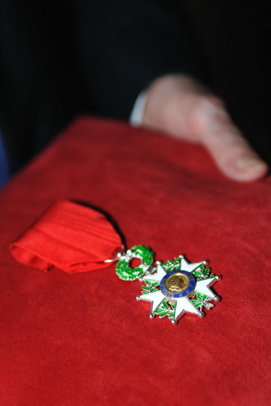 Remise de la Légion d'honneur à M. Betoul le 16 Octobre 2012