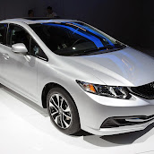 2013-Honda-Civic-Sedan-3.jpg