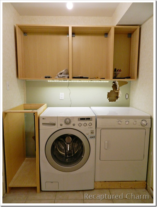 Laundry powder room makeover1 051a