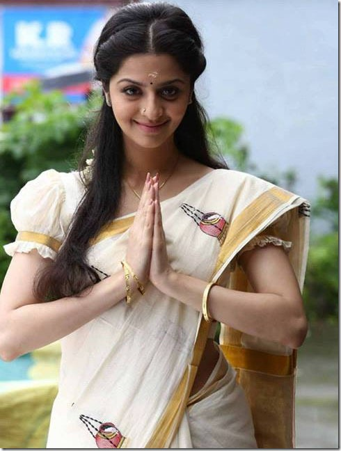 vedhika_cute_still