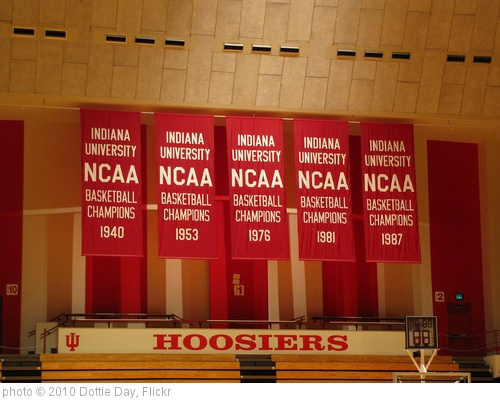'Banners at Indiana' photo (c) 2010, Dottie Day - license: http://creativecommons.org/licenses/by/2.0/