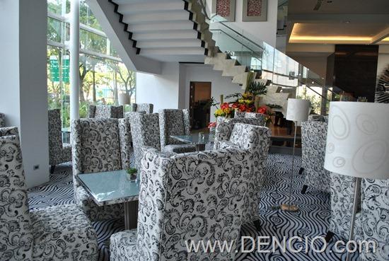 Acacia Hotel Manila (Alabang)010