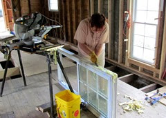 1406114 Jun 11 Barb Cleaning Insulation From Window