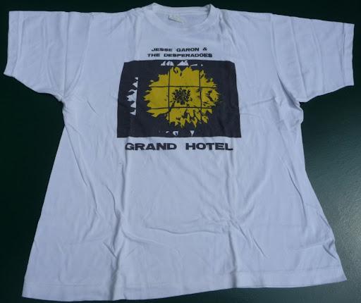 Jesse Garon And The Desperadoes, Grand Hotel