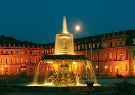 Obiective turistice Germania: Platz Brunnen Stuttgart