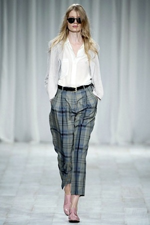 London Fashion Week - Paul Smith (Spring 2012) 11