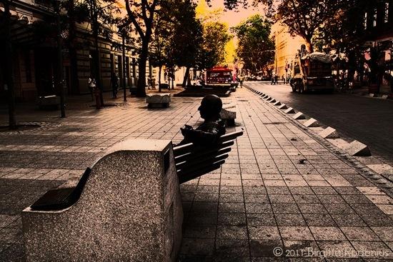 street_20111003_statue