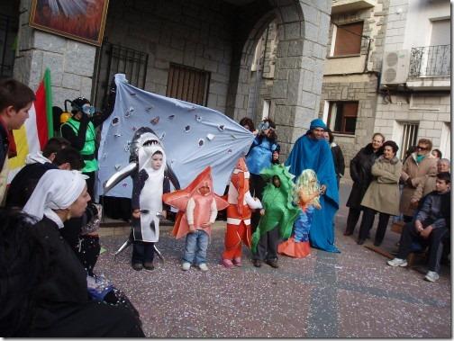 sirenita, tiburon, mar (2)