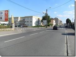 Thionville_Av_Comte_de_Bertier_Stationnement_19-07-13_(4)