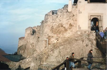 Obiective turistice Ungaria: intrare citadela Visegrad