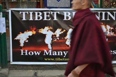 Marsul lumanarilor pentru eliberarea Tibetului