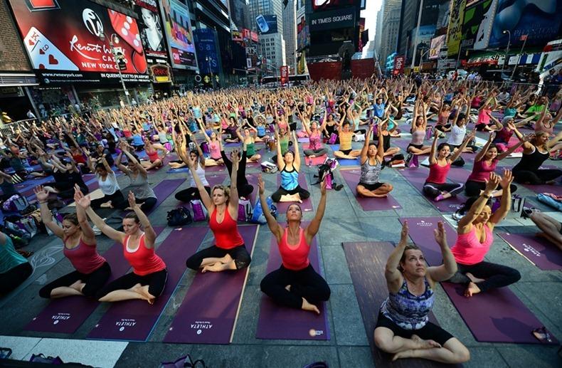 times-square-yoga-7