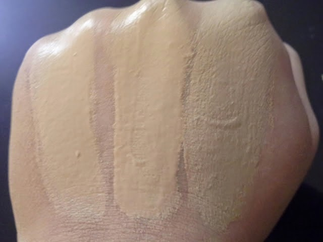 Rimmel Lasting Finish 25 Hour Foundation Swatches of Shades 100 Ivory, 102 Warm Ivory, 103 True Ivory