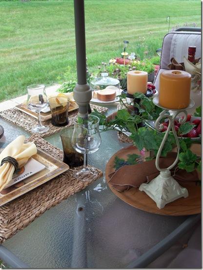 Italian table 026