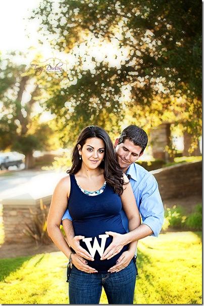 Pat & Eleni Maternity   187j rep