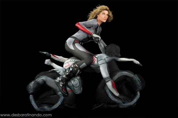 human-motorcycles-bodypaint-trina-merry-desbaratinando (4)