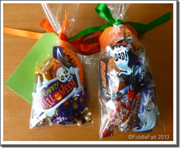 Halloween Trick or Treat Bags with tags. 12