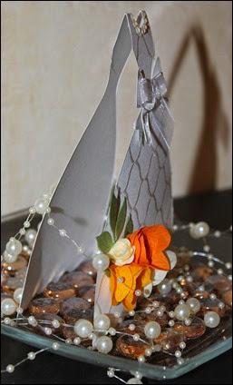 Hochzeit Geschenk Geldgeschenk Selbstgebastelt Hochzeitskleit Brautkleid 01