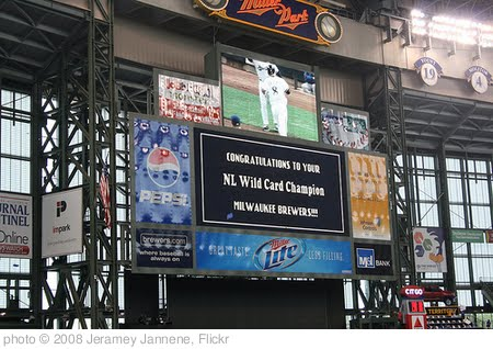 'Milwaukee Brewers Going To Playoffs!' photo (c) 2008, Jeramey Jannene - license: http://creativecommons.org/licenses/by/2.0/