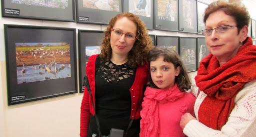 Elina Polyacki s mamoy i dochkoy.jpg