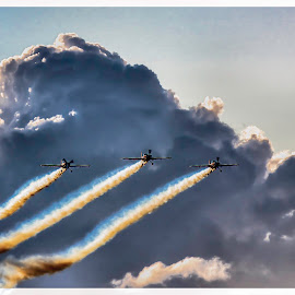 The Amazing Blades by Dwain Imagery - Transportation Airplanes ( dwainpipeimagery, 2014, cowes week, bob smith )