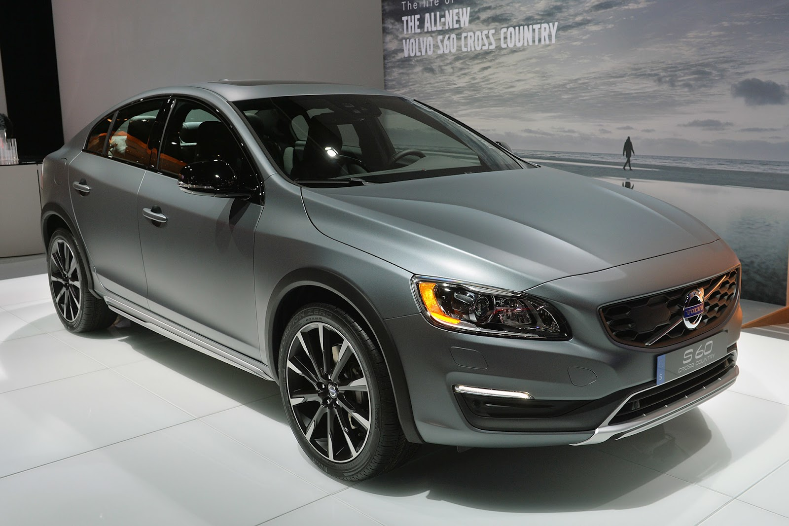 2016 volvo s60 cross country detroit 39 te tan t ld turkeycarblog. Black Bedroom Furniture Sets. Home Design Ideas