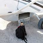 Flug nach Chief's Island, kleines Gepäckfach © Foto: Ulrike Pârvu   Outback Africa Erlebnisreisen