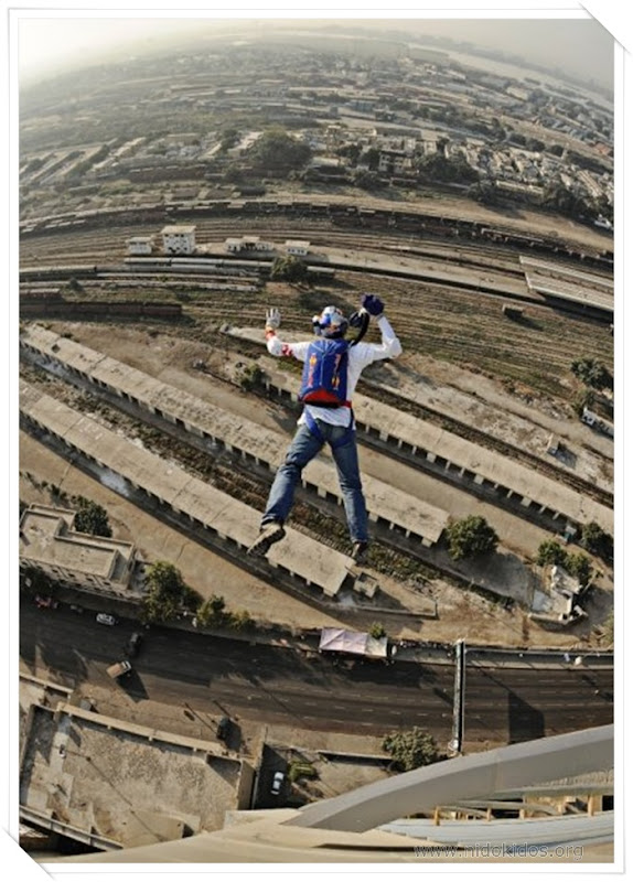 BASE Jump from MCB Tower, Karachi by Russian extreme sport star Valery Rozov