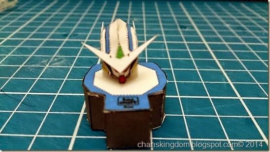 Gundam Exia (1)