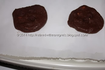 microwave diy cookies -  flattened