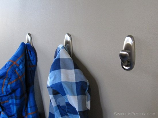 simpleispretty.com: 3M Coat Hooks in Porch